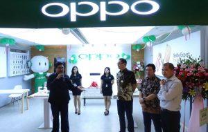 OPPO Store Neo Soho
